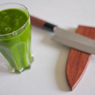 Mango-spinach smoothie